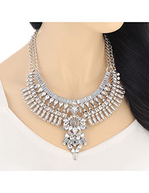 Vintage Silver Color Hollow Out Diamond Decorated Collar Design