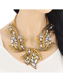 Exaggerated Gold Color Flower Shape Diamond Decorated Short Chain Design