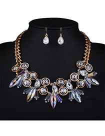 Luxury White Geometric Shape Diamond Pendant Decorated Double Layer Design Alloy Jewelry Sets