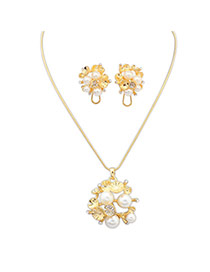 Fashion Gold Color Pearl Pendant Decorated Smiple Design  Alloy Jewelry Sets