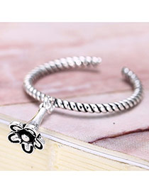 Retro Silver Color Metal Flower Decorated Openning Ring