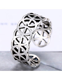 Retro Silver Color Hollow Out Flower Shape Decorated Opening Ring