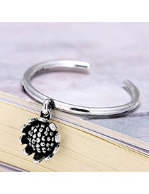 Retro Silver Color Sunflower Pendant Decorated Opening Ring