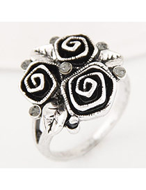 Vintage Anti-silver Flower Shape Decorated Simple Ring