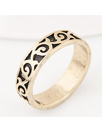 Vintage Gold Color Hollow Out Flower Decorated Pure Color Simple Ring