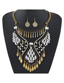 Luxury Gold Color Diamonde Decorated Tassel Chort Chain Jewelry Sets