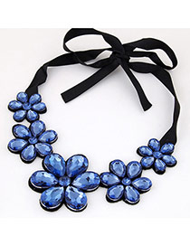 Elegant Sapphire Blue Five Gemstone Flower Decorated Short Chain Necklace