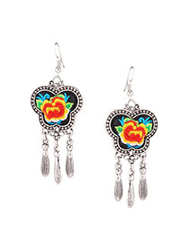 Exaggerated Red Flower Embroidery Pattern Decorated Butterfly Shape Earring