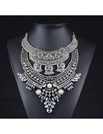 Exaggerated White Pearl&gemstone Decorated Geometric Shape Necklace