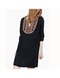 Fashion Black Embroidery Pattern Decorated Long Sleeve Loose Dress