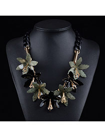 Exaggerated Dark Green Flower Shape Pendant Decorated Short Chain Necklace