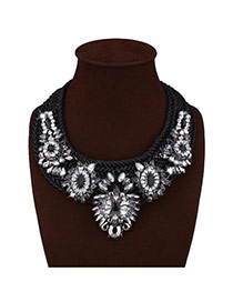 Exaggerated Black Big Flower Shape Decorated Hand-woven Necklace