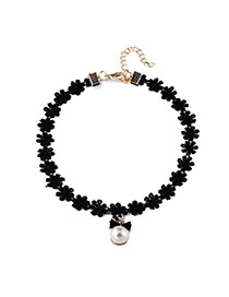 Elegant Black Pearl Pendant Decorated Simple Flower Chain Necklace