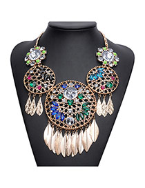 Exaggerated Multi-color Feather Pendant Decorated Hollow Out Flower Design Short Chain Necklace