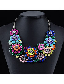 Exaggerated Multi-color Big Flower Decorated Simple Collarbone Necklace