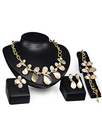 Elegant Gold Color Leaf Shape Decorated Short Chain Jewelry Sets