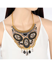 Personality Black Round Shape Decorated Short Chain Necklace