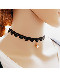 Vintage Black Crown Shape Pendant Decorated Hollow Out Chain Choker