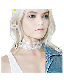 Fashion White Hollow Out Flower Decorated Pure Color Design Choker