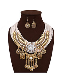 Exaggerate Gold Color+white Oval Shape Gemstone Pendant Decorated Hand-woven Becklace