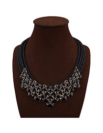 Trendy Black Fan Shape Decorated Hollow Out Hand-woven Necklace