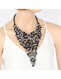 Trendy Black Round Shape Diamond Decorated Hollow Out Short Chain Necklace