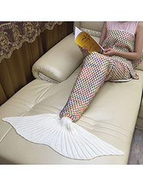 Fashion White Scale Pattern Decorated Mermaid Shape Blanket