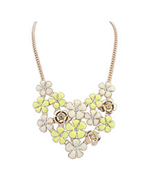 Elegant Multi-color Flower Shape Diamond Decorated Short Chain Necklace