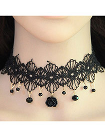 Vintage Black Flower Shape Pendant Decorated Hollow Out Choker