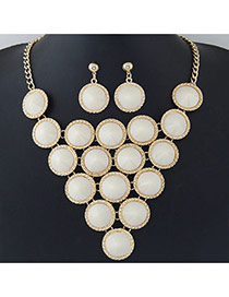 Elegant White Pure Color Decorated Round Shape Design Jewelry Sets