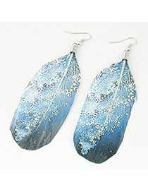 Trendy Blue Snowflake Shape Pattern Decorated Feather Shape Pendant Earring