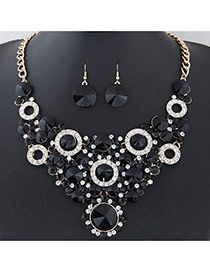 Elegant Black Round Shape Diamond Decorated Simple Short Chain Jewelry Sets