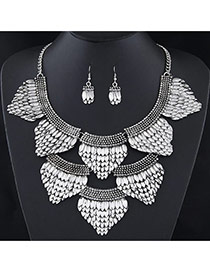 Exaggerated Silver Color Fish Scale Shape Pendant Decorated Short Chain Jewelry Sets