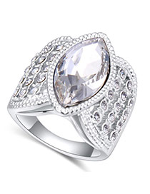 Fashion White Oval Shape Diamond Decorated Irregular Shape Design Ring