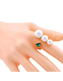 Elegant White Round Shape&triangle Decorated Opening Ring