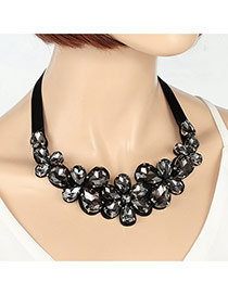 Fashion Black Water Drop Shape Diamond Decorated Flower Shape Necklace