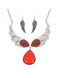 Luxury Red Waterdrop Diamond Pendant Decorated Wing Jewelry Sets