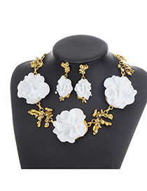 Elegant White Big Flower Shape Decorated Simple Jewelry Sets