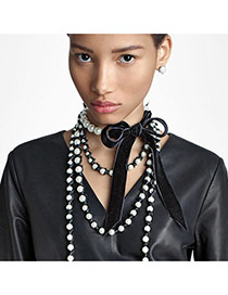 Fashion Black Pearls Decorated Boeknow Shape Deisng Simple Choker