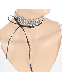 Sweet Silver Color Bowknot Decorated Hollow Out Leaf Shape Chocker