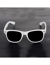 Fashion White Color-matching Decorated Simple Square Shape Sunglasses