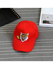 Fashion Red Embroidery Tiger Pattern Decorated Pure Color Baseball Cap