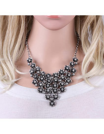 Fashion Antique Silver Flowers Decorated Pure Color Simple Necklace