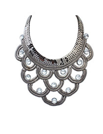 Fashion Black Diamond Decorated Hollow Out Design Simple Necklace