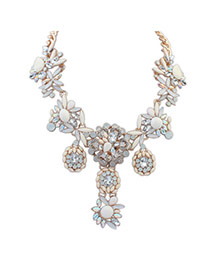 Fashion White Color Matching Decorated Flower Shape Necklace
