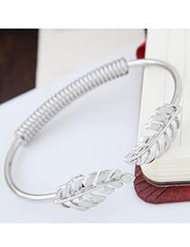 Fashion Silver Color Metal Leaf Shape Decorated Simple Pure Color Opeing Bracelet
