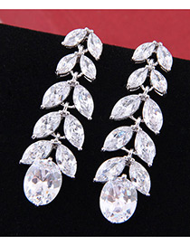 Elegant Zircon Leaf Shape Diamond Decorated Earrings