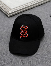 Fashion Black Embroidery Snake Decorated Pure Color Baseball Cap