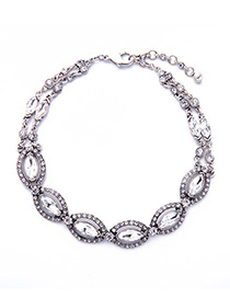 Vintage Silver Color Oval Shape Diamond Decorated Simple Hollow Out Necklace