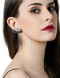 Fashion Blue Diamond Decorated Eyes Shape Design Simple Earrings